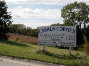 CASALS CORNER LOTS